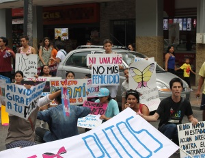 Marcha de las Putas y Putos Guayaquil - Ecuador - Asociación Silueta X (37)
