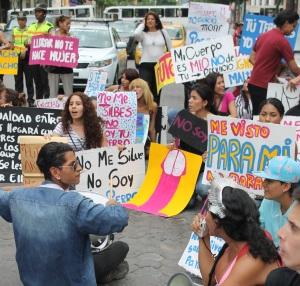 Marcha de las Putas y Putos Guayaquil - Ecuador - Asociación Silueta X (43)