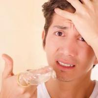 ¿Se rompe o no el condón con aceite Johnson?