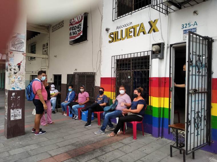 Inauguración del Primer Comedor Comunitario Trans en Guayaquil - Ecuador iniciativa de la Asociación Silueta X (10)