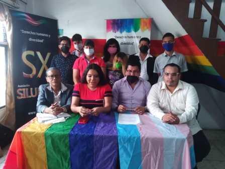 Rueda de Prensa - ACCIÓN DE PROTECCIÓN CONTRA EL CONSEJO PARA LA IGUALDAD DE GÉNERO PARA LA CONFORMACIÓN DEL CONSEJO CONSULTIVO LGBTI - Asociación Silueta X - Campaña Tiempo de Igualdad (3)