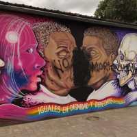 Primer mural LGBT de Esmeraldas es vandalizado por homofóbicos
