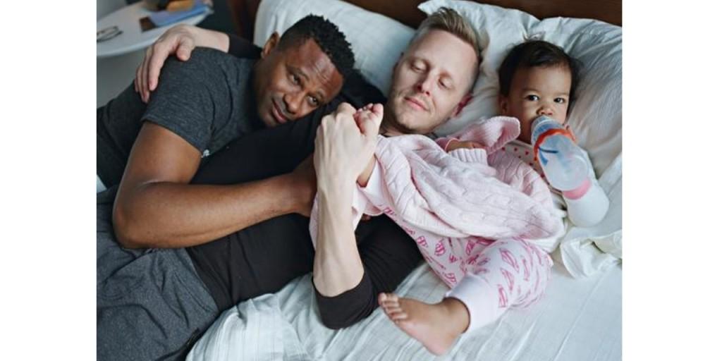 La imagen tiene un atributo ALT vacío; su nombre de archivo es siempre-quise-ser-padre-un-precioso-libro-de-fotos-que-celebra-la-paternidad-gay-portal-diverso-ecuador-diario-el-diverso..jpg